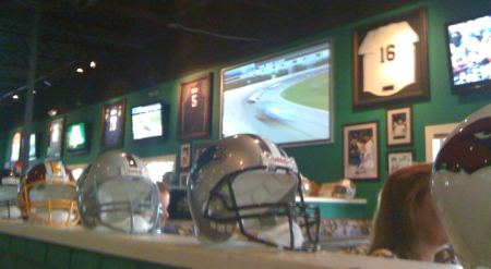 sports bar happy hour
