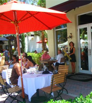 They Have Bistro Style Sidewalk Dining As Well As Courtyard Dining.